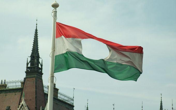 На Закарпатье начали раздавать венгерские паспорта: Украина готовит решительный ответ