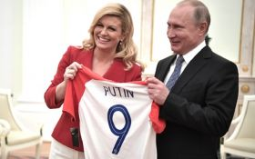 Президент Хорватии прокомментировала свои теплые отношения с Путиным