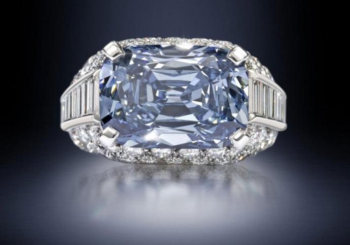 Самое дорогое обручальное кольцо в мире (4 фото)