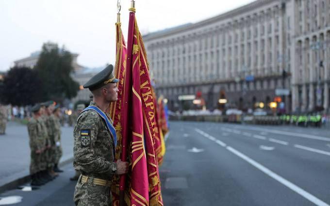 """Військовий парад до Дня незалежності України: у Міноборони розповіли про """"сюрприз"""""""