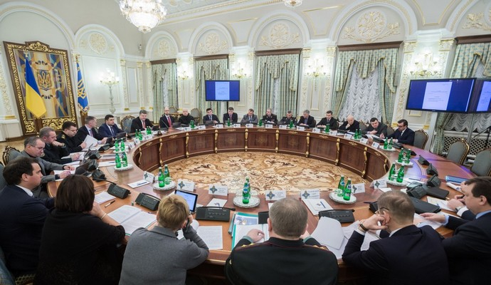 Оборонный заказ простимулирует экономику Украины - Порошенко