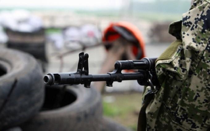 Міномети, БМП і снайпери: на Донбасі бойовики вдарили з усього підряд