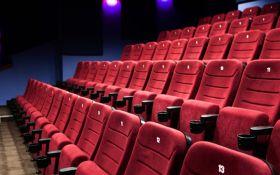 Відключили світло: історія з фільмом, де є критика Порошенко, схвилювала мережу