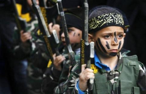 ЗМІ: бойовики ІДІЛ створюють армію джихадистів з дітей