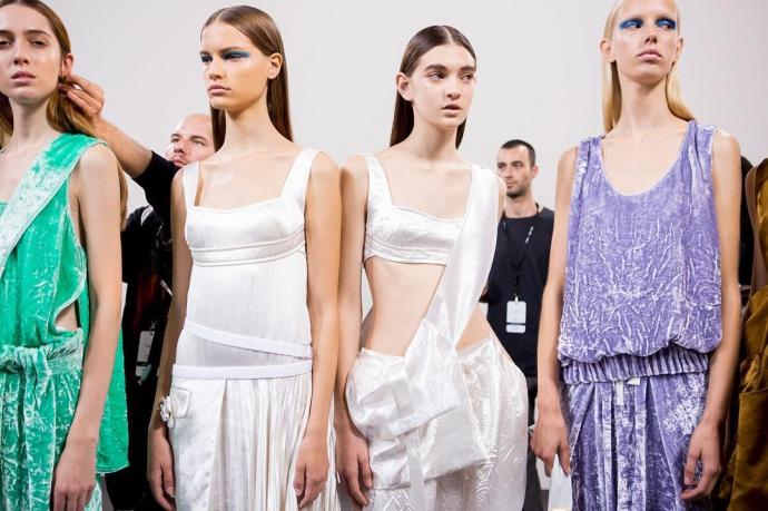 Тиждень моди в Нью-Йорку: з'явилися фото і відео колекції Victoria Beckham (1)