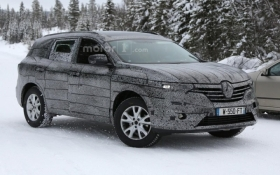 Шпионы рассекретили новый кроссовер Renault: опубликованы фото