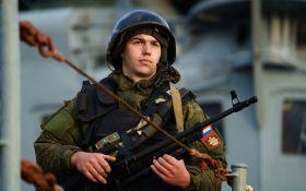 Військові злочини: Україна подала в суд на Росію за примушування кримчан служити в російській армії