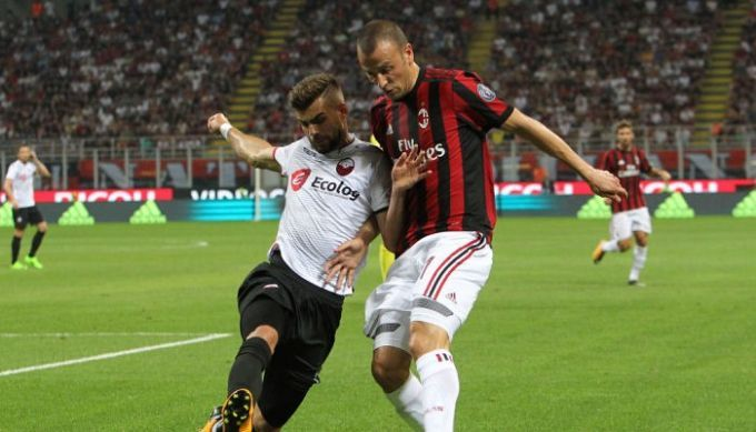 Милан впервый раз за24 года забил 6 голов веврокубках