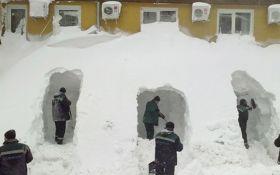 На Японию обрушились аномальные снегопады, есть жертвы