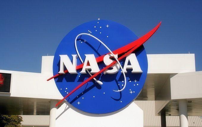 Хвилинка гумору: NASA створює кумедні постери до кожної місії на МКС