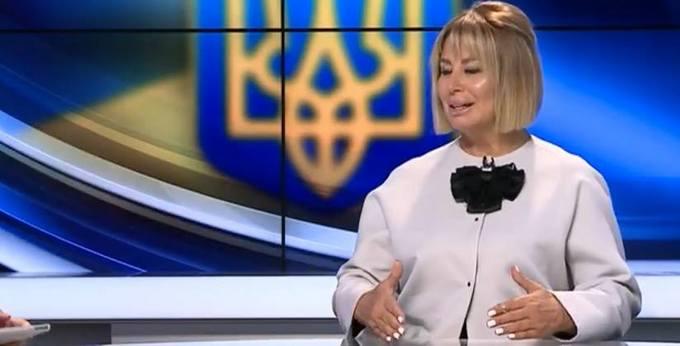 Колишня соратниця Януковича на ТБ викликала гнів і сміх в мережі: опубліковані фото (2)