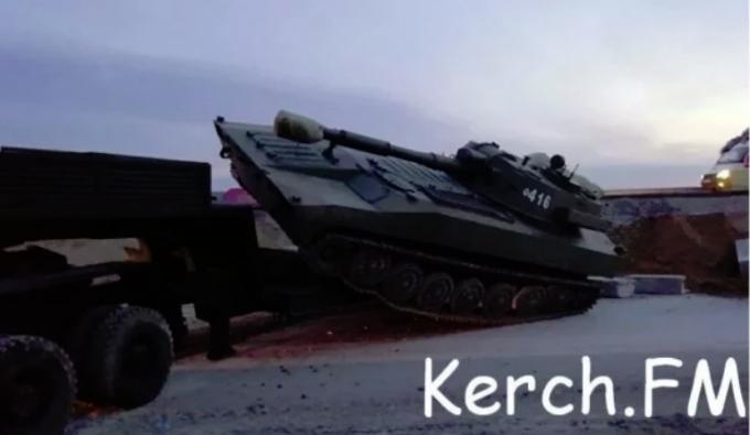 В оккупированном Крыму произошло смертельное ДТП с участием военной техники оккупантов - опубликованы фото (2)