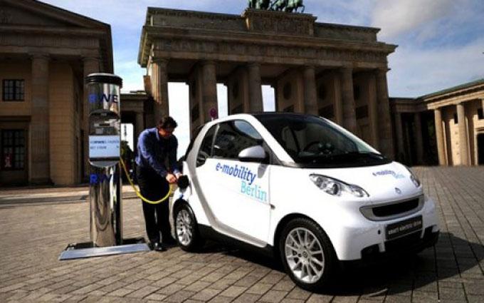 Немцам будут платить по 5000 евро за каждый электромобиль