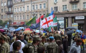 Це вже інша Україна: в соцмережах продовжують ділитися враженнями від параду в Києві