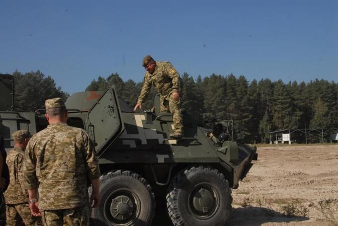 В Украине испытали новую мощную бронемашину: опубликованы зрелищные фото и видео (1)