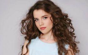По-отцовски: подопечная Вакарчука рассказала о работе с певцом