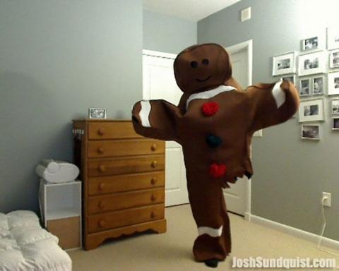 Каждый Хэллоуин этот одноногий парень делает необычные костюмы и вот что он придумал в этом году (8 фото) (1)
