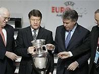 Евро-2008: Гус Хиддинк сделал выбор