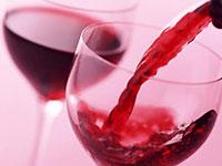 Красное вино продлевает молодость