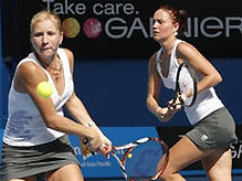 Сестры Бондаренко разгромно проиграли в полуфинале