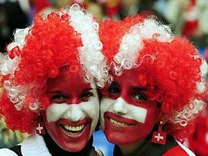 Болельщиков научили бороться с сердечным приступом во время Евро-2008