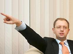 Яценюк: все будут праздновать Новый год под елкой, а мы - под «Газпромом»
