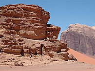 Археологи считают, что обнаружили в Иордании древнейшую церковь в мире