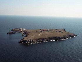 МИД: президенты Украины и Румынии вместе собираются посетить остров Змеиный