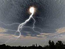 В результате урагана более 770 населенных пунктов Львовской области остались без света