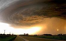Число жертв торнадо в США возросло до 21