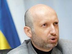 Турчинов: БЮТ не откажется от изменения Конституции даже в случае отставки Балоги