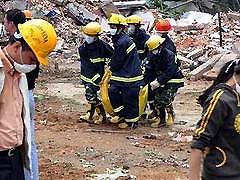 В Китае количество жертв землетрясения превысило 19,5 тысячи человек