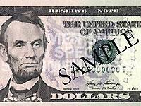 В Украину привезли новые пятидолларовые банкноты