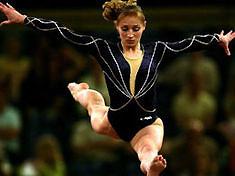 Украинские гимнастки возвращаются на родину с двумя медалями