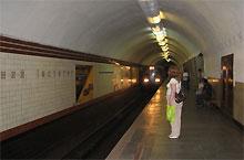 Детские голоса в метро могут снова заменить мужским