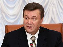 Янукович не желает отставки Тимошенко