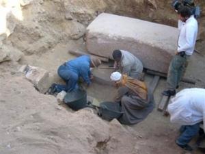 В Египте найдены саркофаг и царская мумия