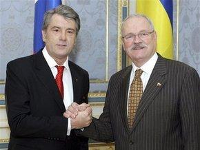 Ющенко считает действия России вызовом для Украины и Европы