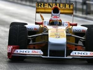 Renault надеется выступить в Австралии на болидах с KERS