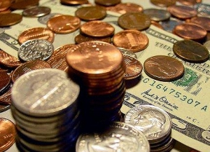 Торги на межбанке проходят в диапазоне 8,18-8,26 гривен за доллар