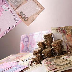 Нацбанк сделал невыгодными гривневые кредиты
