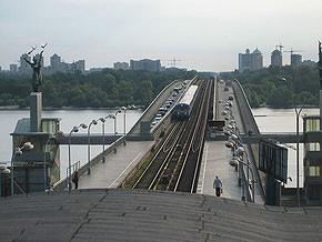 Мост Метро начнут ремонтировать этим летом, частично перекрыв движение