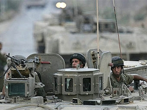 На границе сектора Газы убиты боевики с бомбами