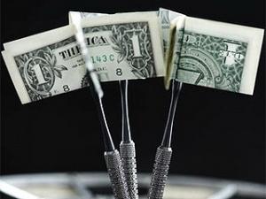 Курс продажи наличного доллара составляет 8,07-8,1 гривны за доллар