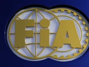 """FIA проведет переговоры с командами """"Формулы-1"""" в пятницу"""