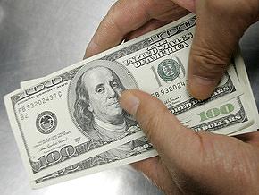 Межбанк: За неделю доллар подешевел более чем на 30 копеек