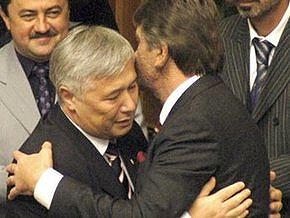 Тимошенко требует от Ющенко подать представление об отставке Еханурова