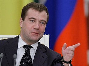 Медведев сомневается в платежеспособности Украины
