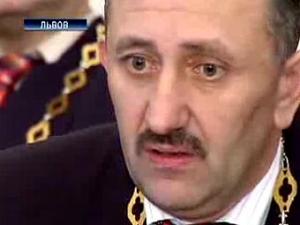 Экс-судья Зварич наложил на себя обет молчания на 1,5 года
