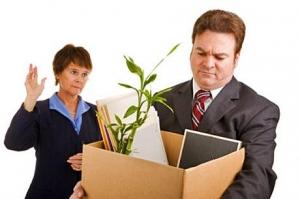 Банки с временной администрацией продолжают увольнять сотрудников